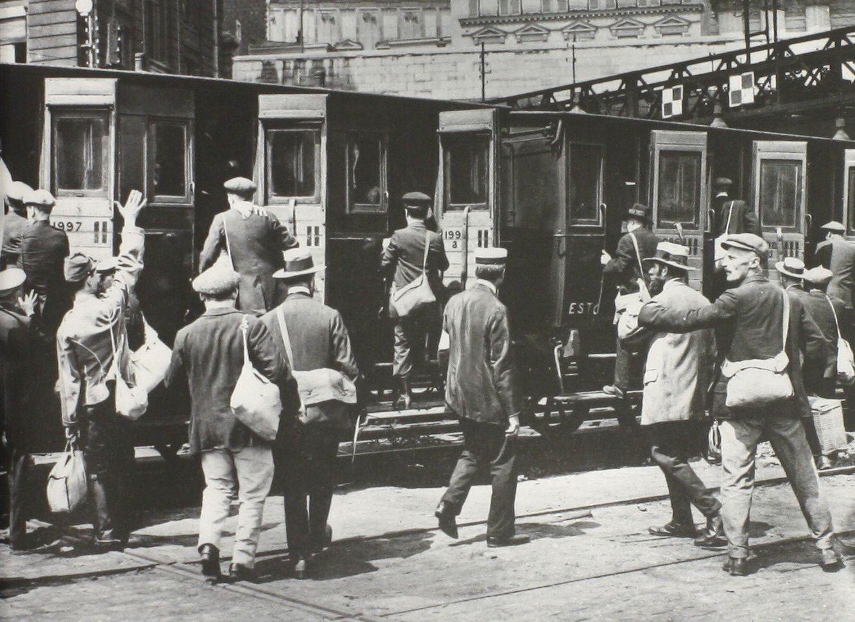 Appelés au front en août 1914